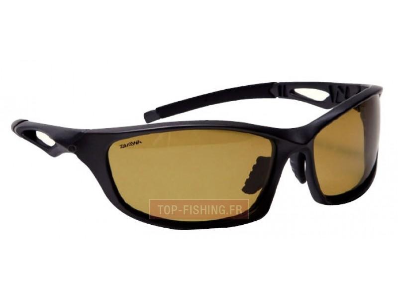 lunettes polarisantes daiwa verres jaunes mat riel pour p che daiwa. Black Bedroom Furniture Sets. Home Design Ideas