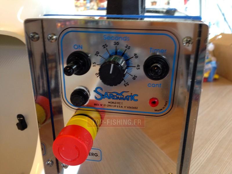 Vue 2) Distributeur électrique de Sardine Sardamatic