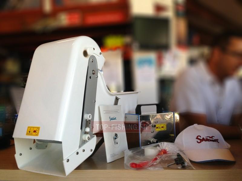 Vue 4) Distributeur électrique de Sardine Sardamatic