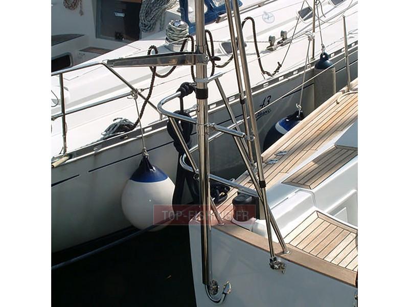 Vue 2) Support Antenne et Radar Gibi Marine
