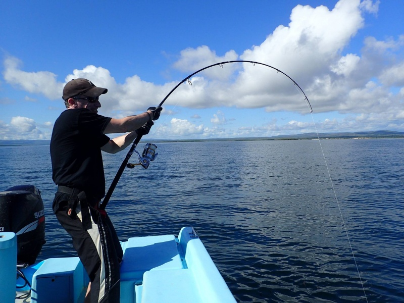 Zenaq Expedition EP83-6 Trevally en action !
